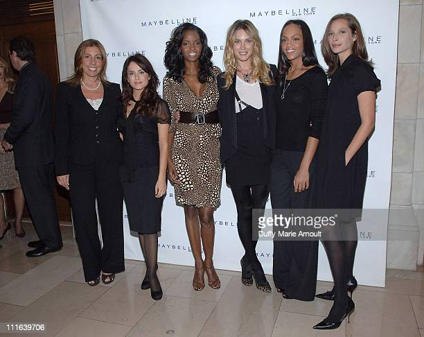 Jackie Hernandez - Fallous, Editor of People Espagnol, with Maybelline New York Spokeswomen, Danna Garcia, Tomiko Fraser,Erin Wasson, Da'nee Doty and...
