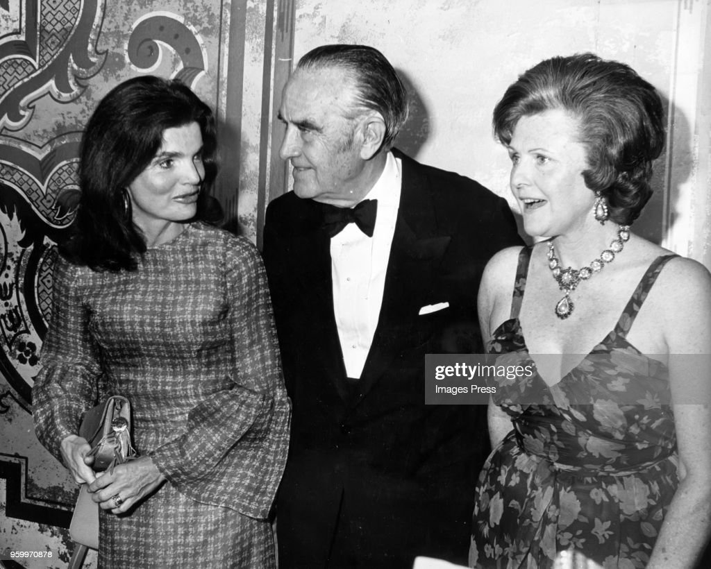 Jackie Onassis, Averell Harriman and Pamela Harrisman speak at a Democratic fundraising dinner at the Sheraton-Park in Washington DC on May 15, 1974.