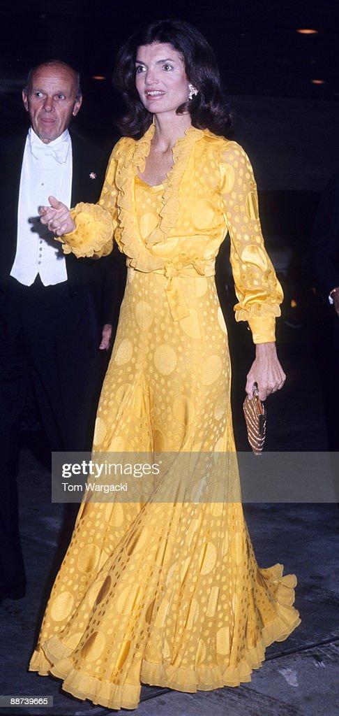 Jacqueline Kennedy Onassis At Metropolitan Opera House : News Photo