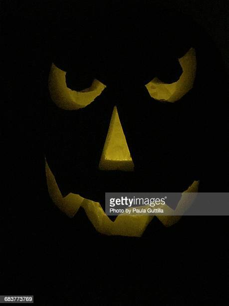 jack-o'-lanterns!  - paula guttilla stock pictures, royalty-free photos & images