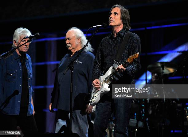 Jackson Browne and Crosby Stills and Nash perform on stage for the 25th Anniversary Rock Roll Hall of Fame Concert at Madison Square Garden on...