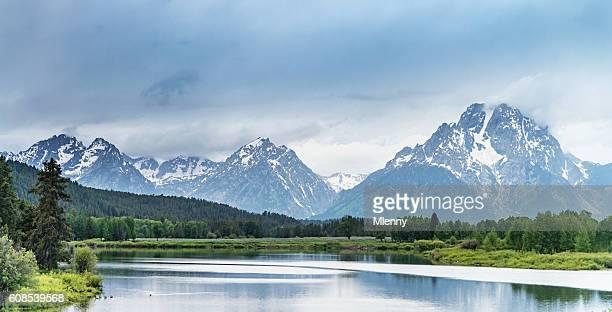 ジャクソンレイクグランドティトン国立公園パノラマワイオミング州 - グランドティトン国立公園 ストックフォトと画像