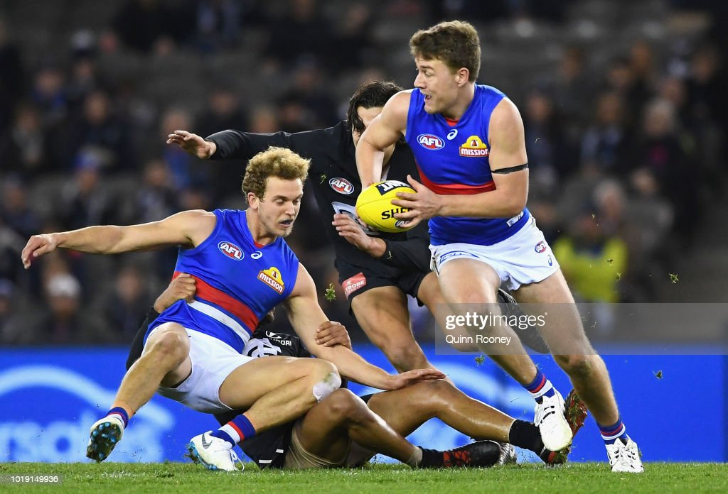AFL Rd 22 - Carlton v Western Bulldogs : News Photo