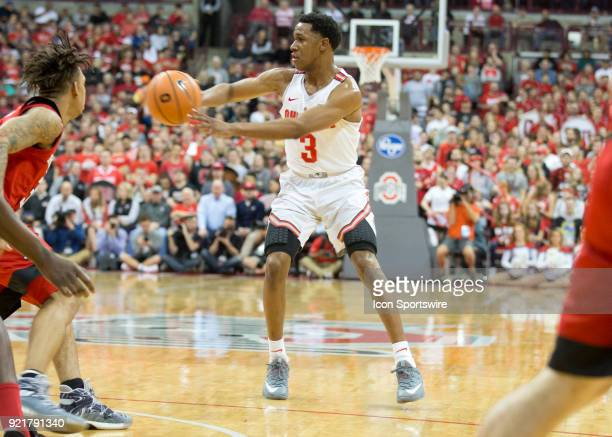 J Jackson of the Ohio State Buckeyes passes the ball during the game between the Ohio State Buckeyes and the Rutgers Scarlet Knights at the Value...