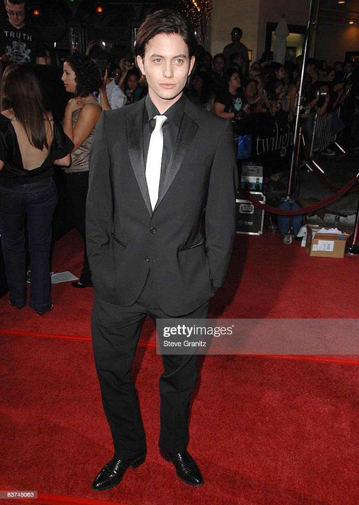 """Twilight"" Los Angeles Premiere - Arrivals : News Photo"
