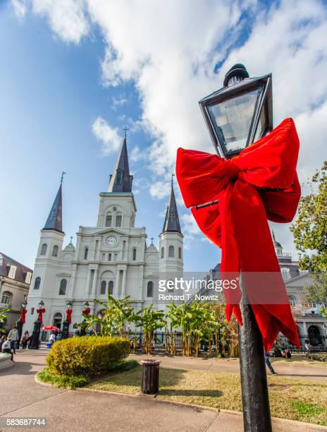 jackson square christmas decoarations - new orleans christmas stock pictures, royalty-free photos & images