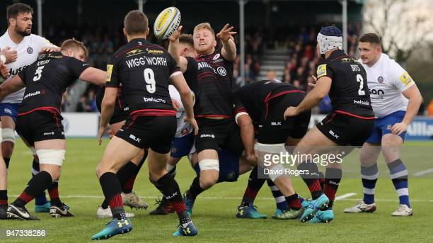 Jackson Wray of Saracens off loads the ball during the Aviva Premiership match between Saracens and Bath Rugby at Allianz Park on April 15 2018 in...