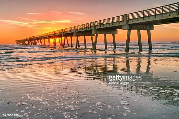 jacksonville beach pier - jacksonville florida stock pictures, royalty-free photos & images