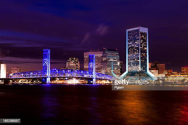 jacksonville florida skyline at night - jacksonville florida stock pictures, royalty-free photos & images