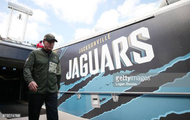 Jacksonville Jaguars executive VP of football operations Tom Coughlin walks to the field prior to the start of their game against the Los Angeles...