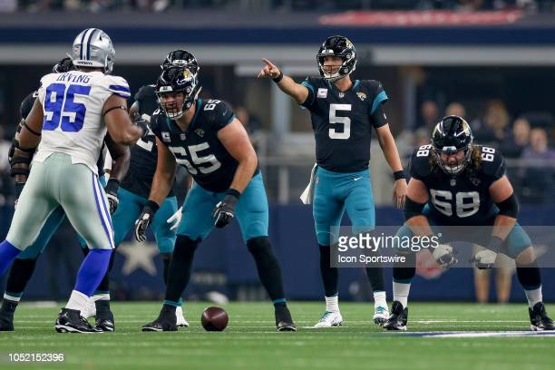 Jacksonville Jaguars quarterback Blake Bortles points out assignments during the game between the Jacksonville Jaguars and Dallas Cowboys on October...