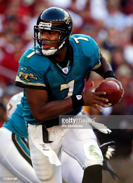 Jacksonville Jaguars quarterback Byron Leftwich prepares to hand off the ball in first quarter action against the Washington Redskins on October 1...