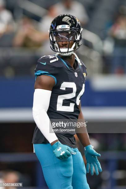 Jacksonville Jaguars running back TJ Yeldon warms up prior to the game between the Jacksonville Jaguars and Dallas Cowboys on October 14 2018 at ATT...