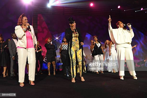 Jacky Cullum Chisholm Dorinda ClarkCole and Karen Clark Sheard from The Clark Sisters perform onstage during the Tribute Finale at the 2016 ESSENCE...