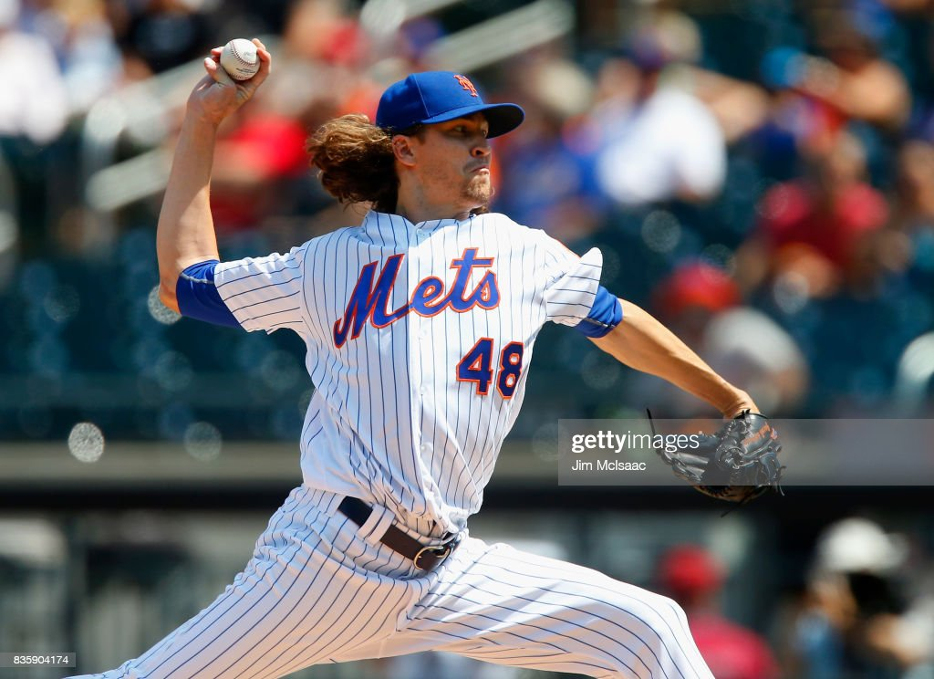 Jacob deGrom #48 of the New York Mets pitches against the Miami Marlins during the first inning at Citi Field on August 20, 2017 in the Flushing neighborhood of the Queens borough of New York City.