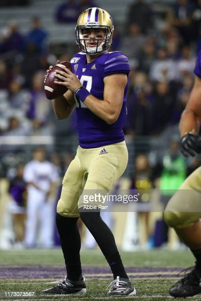 Jacob Eason of the Washington Huskies looks to throw the ball in the first quarter against the California Golden Bears during their game at Husky...