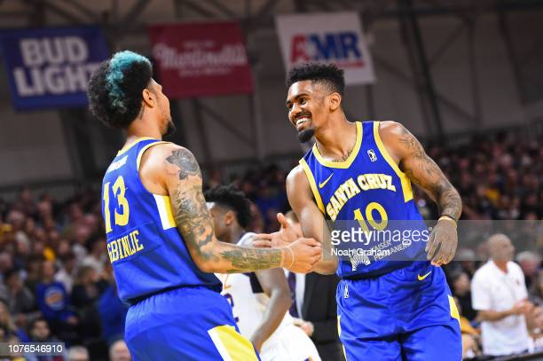 Jacob Evans and Michael Gbinije of the Santa Cruz Warriors celebrate against the Northern Arizona Suns on December 30, 2018 at the Kaiser Permanente...
