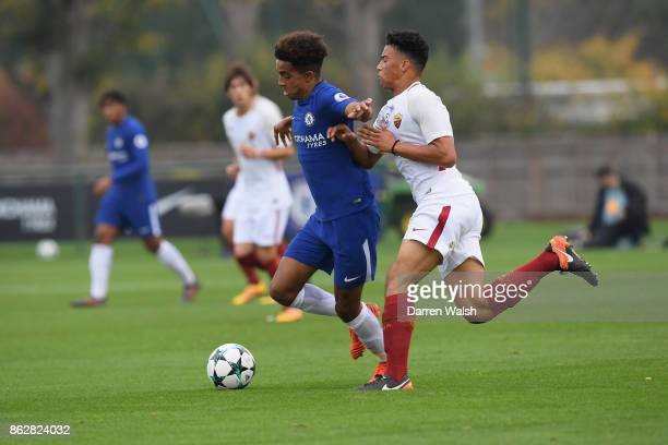 Jacob Maddox of Chelsea and David Bouah of AS Roma during the UEFA Youth League group C match between Chelsea FC U19 and AS Roma U19 at Chelsea...