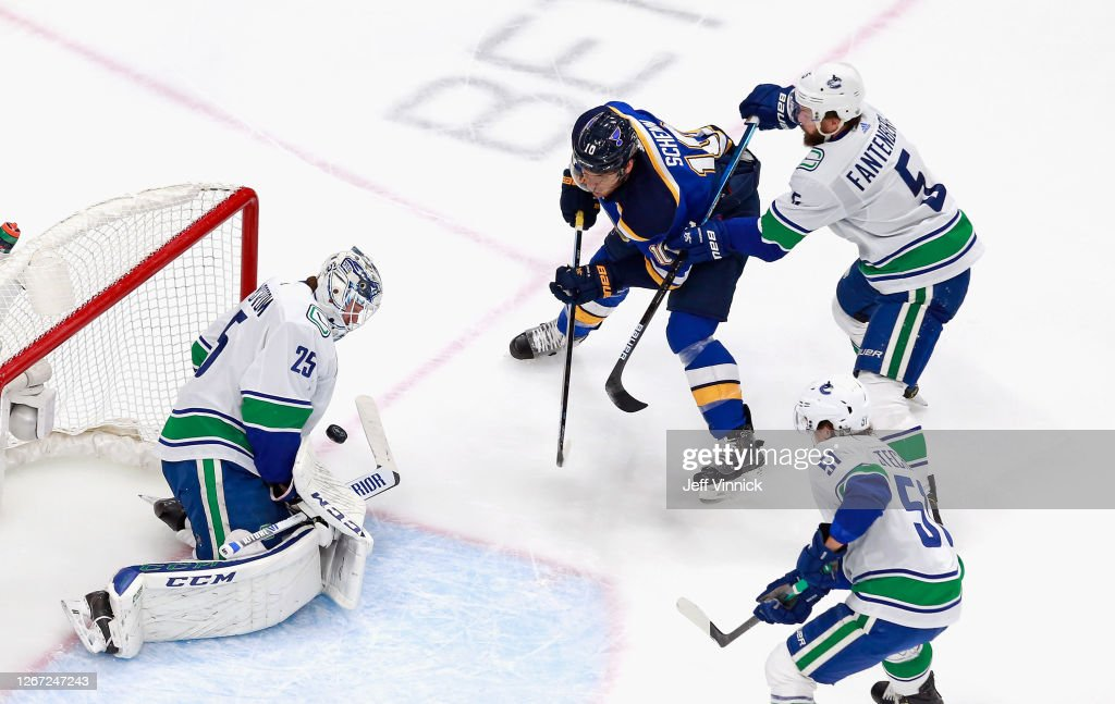 Jacob Markstrom Of The Vancouver Canucks Makes The First Period Save News Photo Getty Images