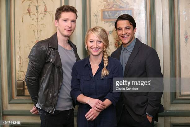 Jacob Matschenz Anna Maria Muehe and Kostja Ullmann during the 'Mein Blind Date mit dem Leben' set visit at hotel Bayerischer Hof on October 28 2015...