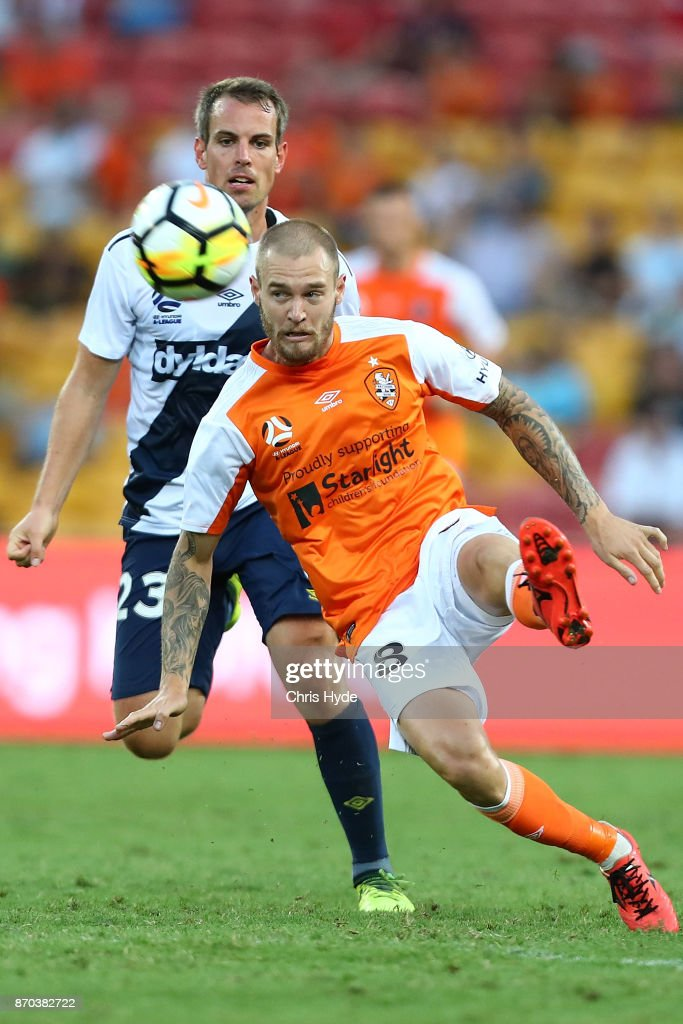 Jacob Pepper of the Roar kicks during the round five A-League match between the Brisbane Roar and the Central Coast Mariners at Suncorp Stadium on November 5, 2017 in Brisbane, Australia.