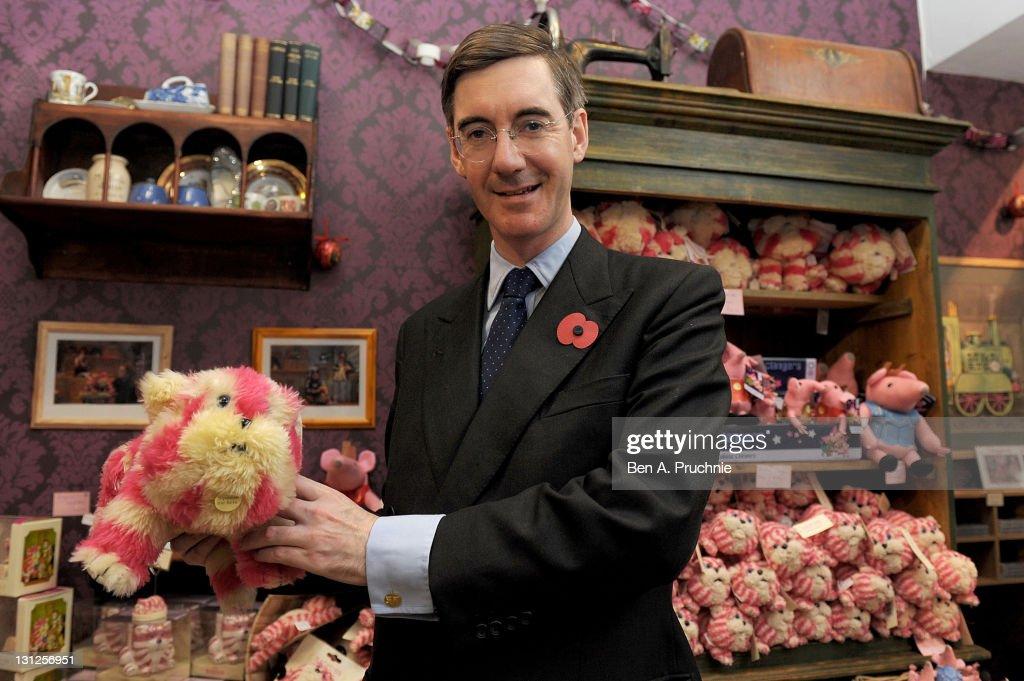 Jacob Rees-Mogg Visits New Bagpuss Pop-up Shop
