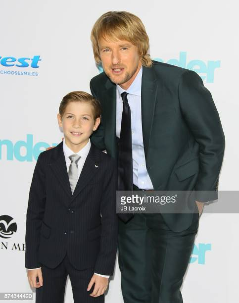 Jacob Tremblay and Owen Wilson attend the premiere of Lionsgate's 'Wonder' on November 14, 2017 in Los Angeles, California.