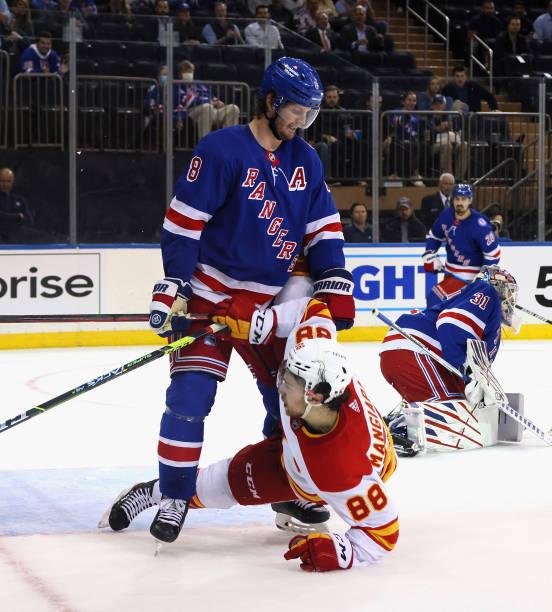 NY: Calgary Flames v New York Rangers
