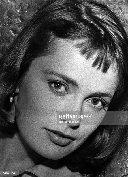Jacobsson Ulla Actress Sweden * portrait during shootings of the movie 'Die Letzten werden die Ersten sein' Directed by Rolf Hansen West Germany 1957...