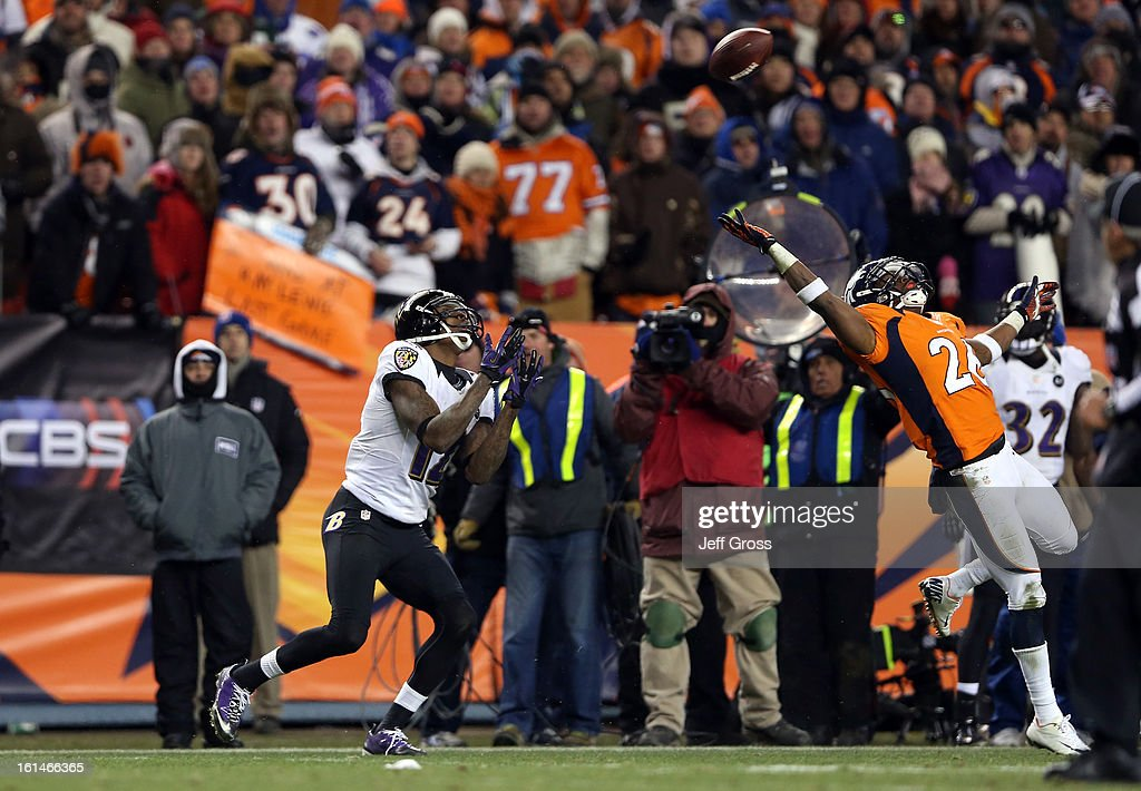 Divisional Playoffs - Baltimore Ravens v Denver Broncos : News Photo