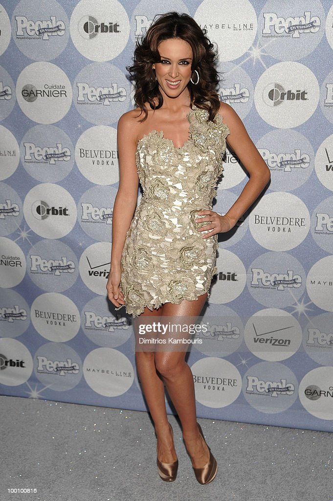 Jacqueline Bracamontes attends the People en Espanol Los 50 Mas Bellos party at Gustavino's on May 20, 2010 in New York City.