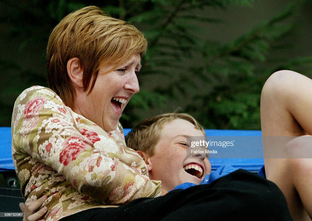 Jacqueline Ellis with her 10 year old son, Dominic, 16 November 2005. SHD Pic : News Photo
