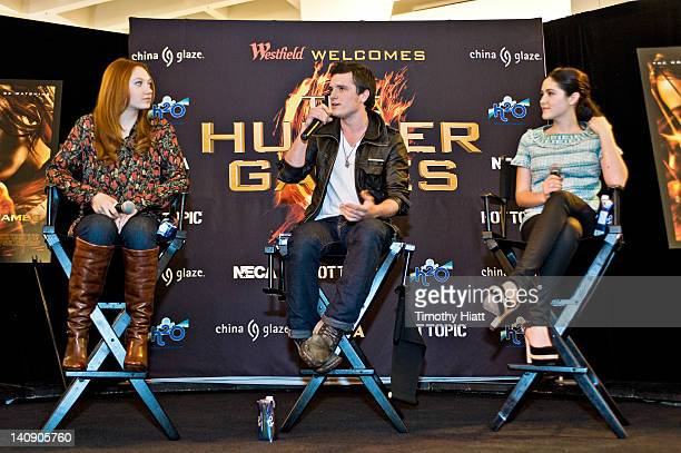 Jacqueline Emerson Josh Hutcherson and Isabelle Fuhrman attend The Hunger Games National Mall Tour fan event at the Westfield Fox Valley Mall on...