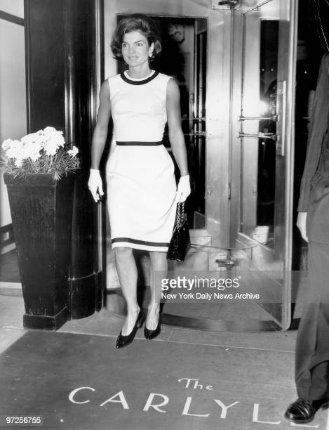 Jacqueline Kennedy leaving the Carlyle Hotel