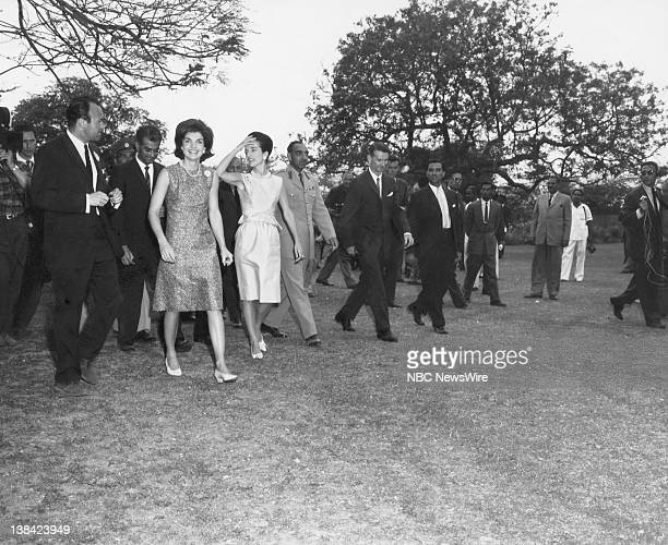 Jacqueline Kennedy Lee Radziwill 1962 IndiaPakistan Trip Pictured NBC News' Sander Vanocur First Lady Jacqueline Kennedy sister Princess Lee...