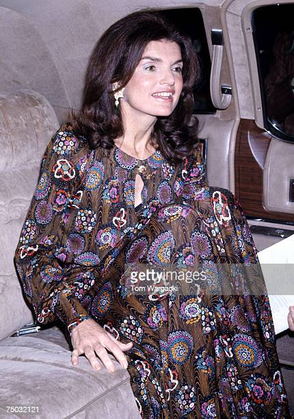 Jacqueline Kennedy Onassis attends the Metropolitan Opera House House Royal Ballet on May 7 1974 in New York City New York