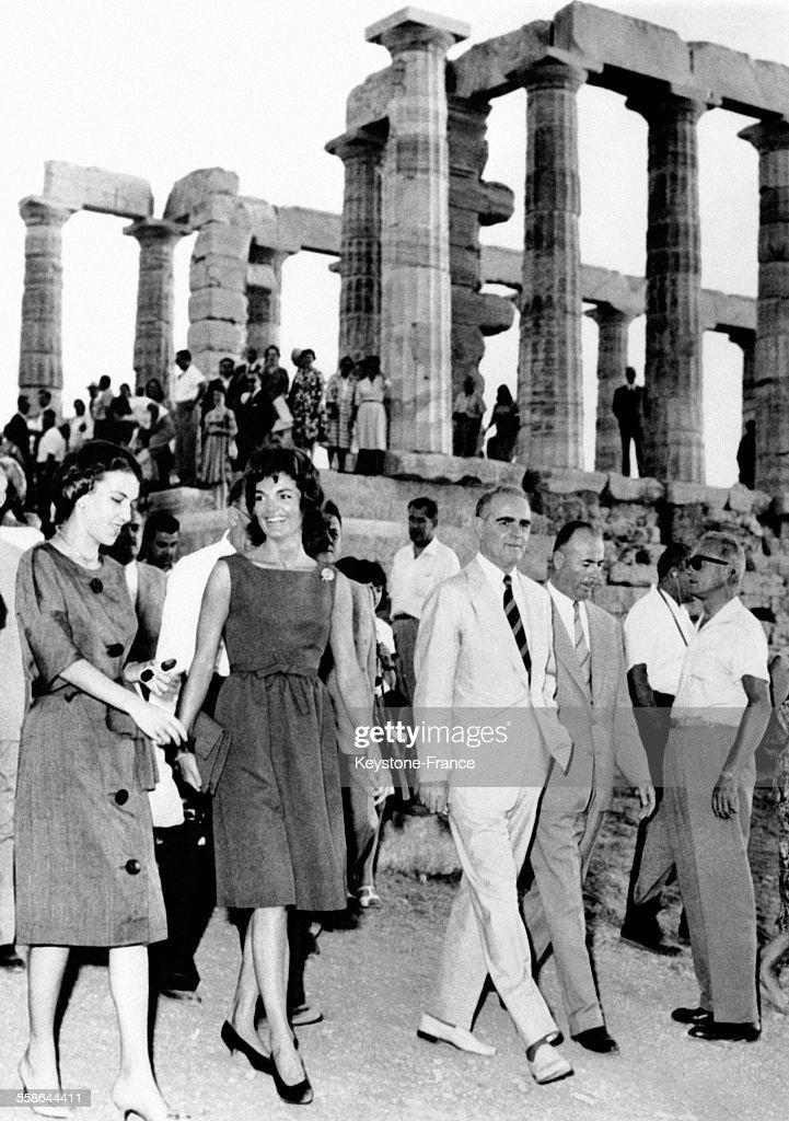 Jacqueline Kennedy en Grèce : News Photo