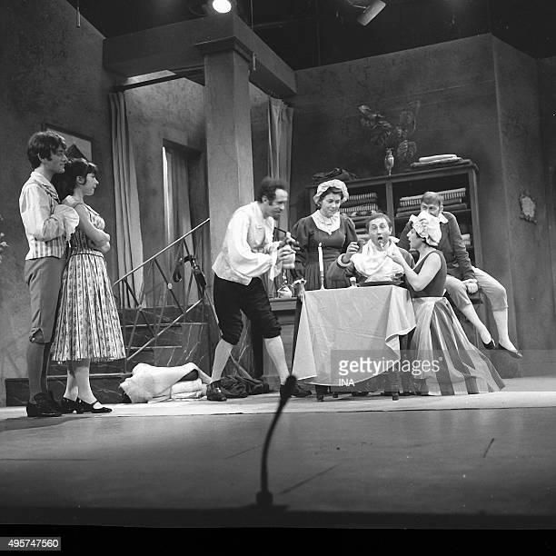 Jacqueline Rouillard Balutin Jacques Annick Alane André Gille Arlette Gilbert and Jean Michel Mole in a scene of the Hussars the play staged by...