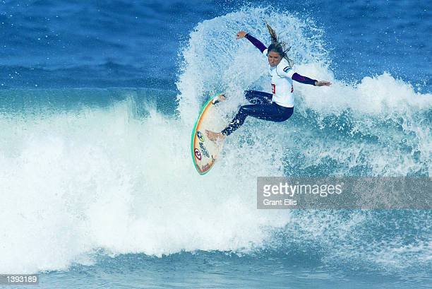 Jacqueline Silva of Brazil in action during the opening heat of the Figueira Pro at Figueira da Foz Portugal on September 18 2002 The Figueira Pro is...