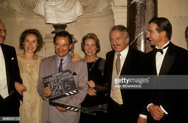 Jacques Attali auteur du livre 'Un homme d'influence Siegmund Warburg' assiste au tournage de la série de télévision 'Warburg le banquier des...