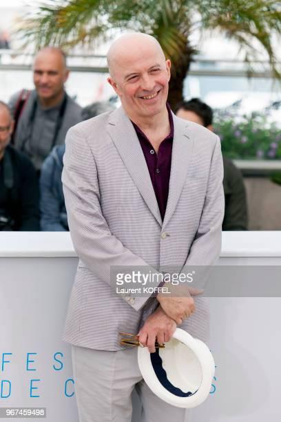 Jacques Audiard lors du photocall du film 'Dheepan' pendant le 68eme Festival du Film Annuel au Palais des Festivals le 21 mai 2015 Cannes France