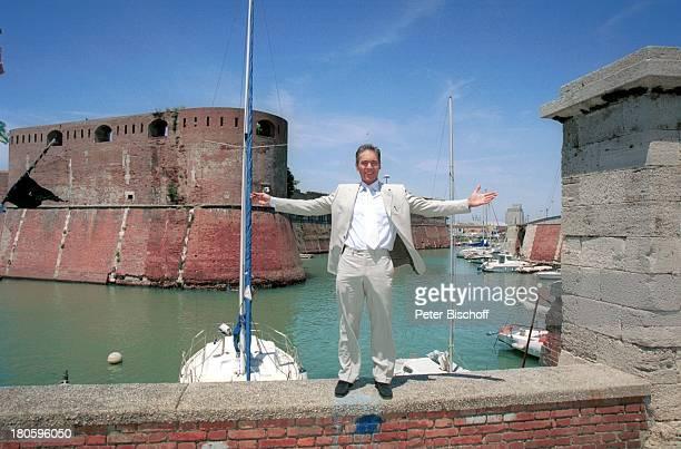 Jacques Breuer ARDFilm Achte Todsünde II Das Toskana Karussell Pisa/Italien Hafen