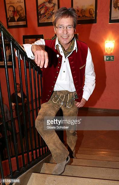 Jacques Breuer during the 'Gluecklich die Gluecklichen' premiere at Komoedie im Bayerischen Hof on October 3 2016 in Munich Germany
