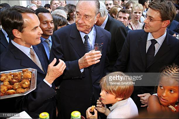Jacques Chirac and Francois Baroin, minister of overseas territories at the 'garden party' of the minister of Overseas in Paris, France on July 13th,...