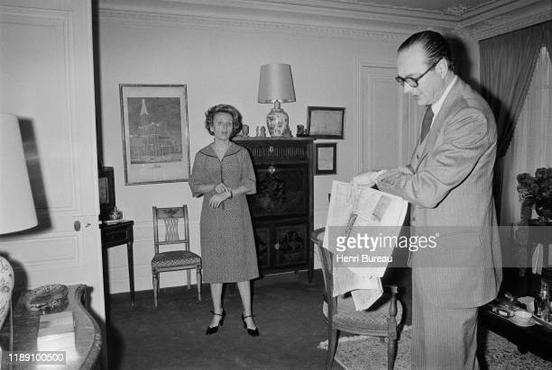 Jacques Chirac and his wife Bernadette Chirac, discussing after Jacques Chirac election as the Mayor of Paris, 25 March 1977
