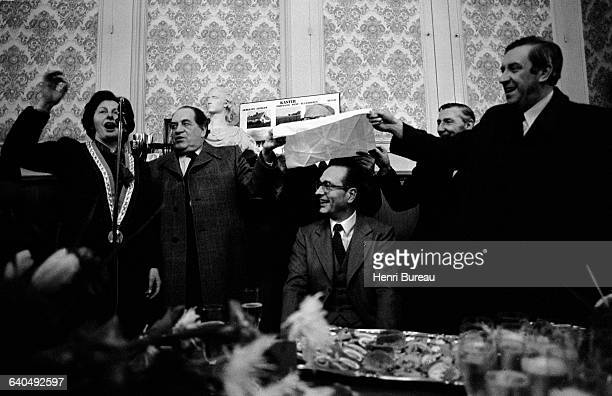 Jacques Chirac is given the Flemish Viva in the presence Mrs Gouray mayor of Caestre In this tradition a person has champagne poured on his head...