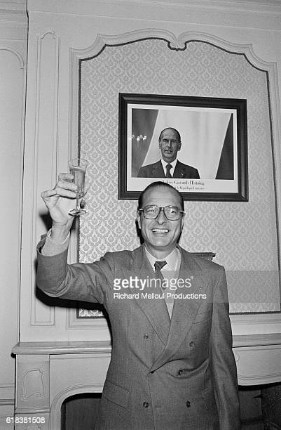 Jacques Chirac leader of the Rassemblement pour la Republique makes a toast during a campaign trip in Brittany before the 1981 French presidential...