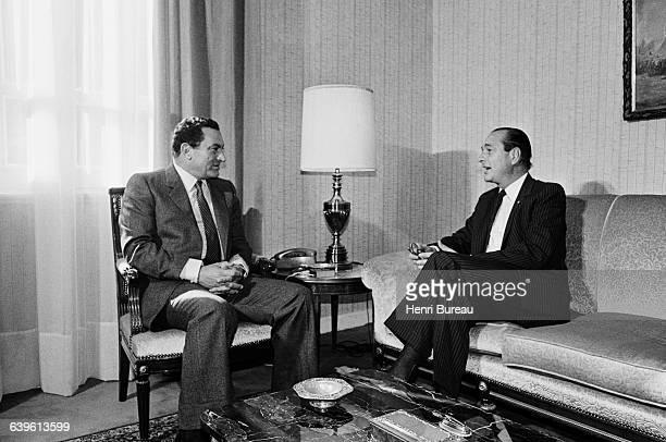 Jacques Chirac meets the President of Egypt Hosni Mubarak