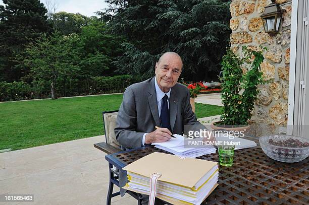 Jacques Chirac Publishes The Second Volume Of His Memories RueilMalmaison June 9 2011 Former President Jacques Chirac her friend Line Renaud during...