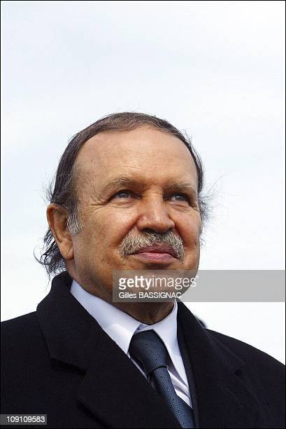 Jacques Chirac Visits Algeria Arrival At The Airport Of Algiers On March 2Nd 2003 In Algiers Algeria Algerian President Abdelaziz Bouteflika